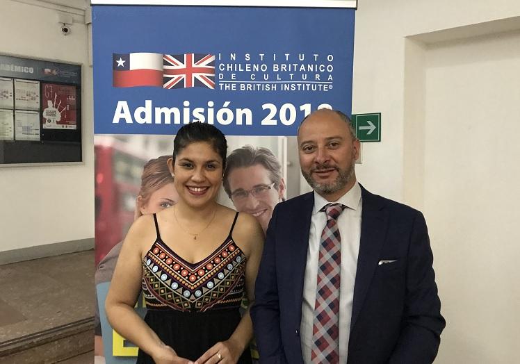 """Yaritza Véliz, soprano becada por el Instituto Chileno Británico: """"Perfeccionar el inglés me permitirá desenvolverme de mejor manera en el Royal Opera House"""""""